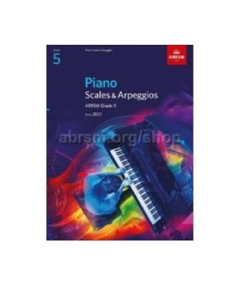 Piano Scales & Arpeggios,...